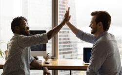究極の会社員になると後輩に抜かれても祝福できるようになる